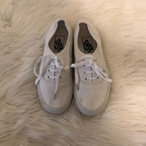White Vans Sneakers SIZE: 6.5 women 5 men